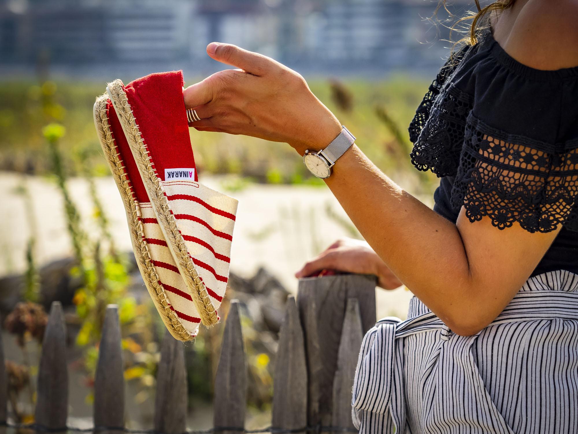 Espadrille bicolore rayée rouge fabriquée en France