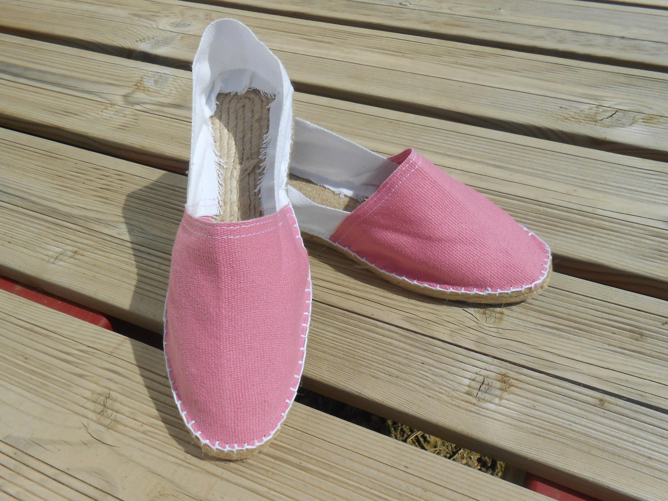 Espadrilles bicolores rose et blanc taille 46